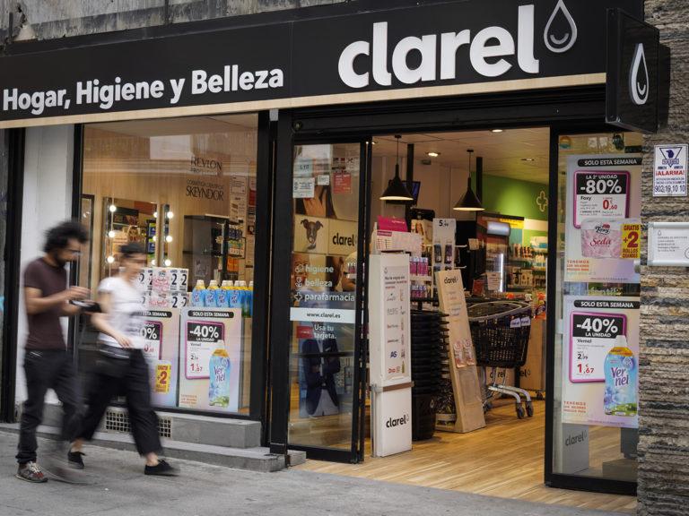 Fachada tiendas CLAREL